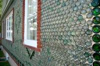 В Дании будет построен жилой дом из бутылок и пивных банок
