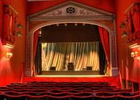 О кризисе в Европе, жизни в городе и роли искусства говорят на театральном фестивале в Германии