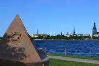 С 1 января 2014 года Латвия стала 18-м членом  еврозоны