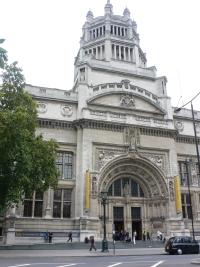 Гламур итальянской моды покоряет Лондон