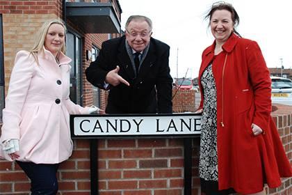Улицы названы в честь песен Робби Уильямса