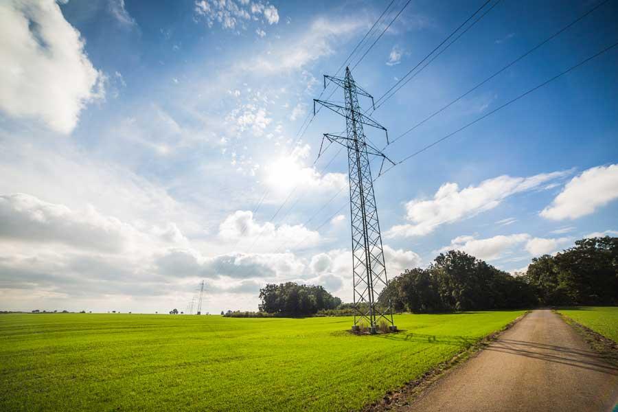 Солнечные батареи в Европе впервые дали больше электроэнергии, чем торф и уголь