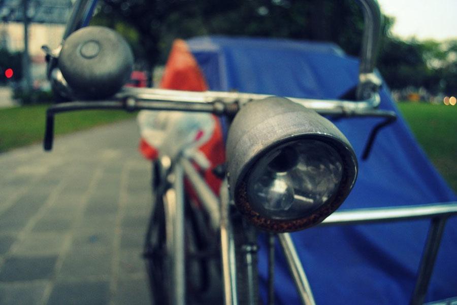 Во Франкфурте и Утрехте курьеры DHL пересели на «грузовые велосипеды»