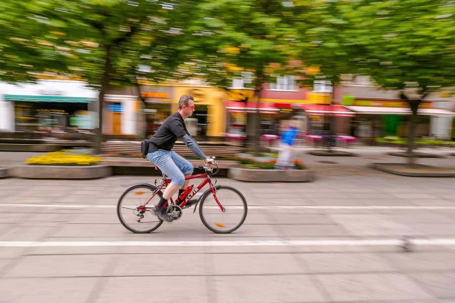 В Лиссабоне полиция больше не cможет штрафовать велосипедистов без шлемов
