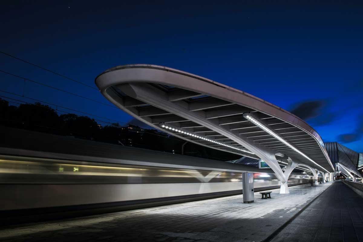 В Европе предлагают создать сеть ультраскоростных железных дорог, которая вдвое сократит время в пути