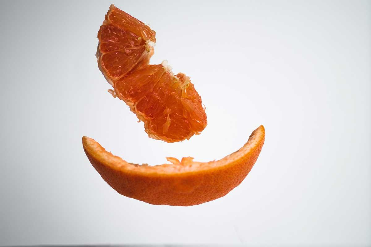 Испанский стартап придумал, как из цитрусовой кожуры делать упаковочный материал и эфирные масла