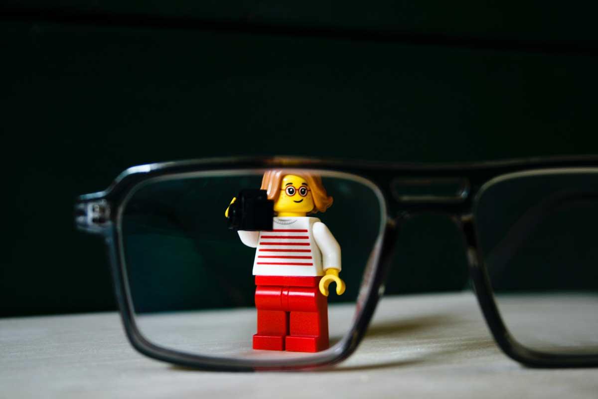LEGO будет выпускать специальные конструкторы для детей с нарушениями зрения