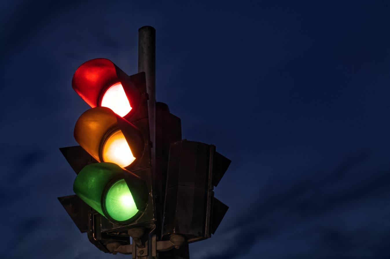 В Милане появились «умные» светофоры, которые будут ловить нарушителей правил дорожного движения