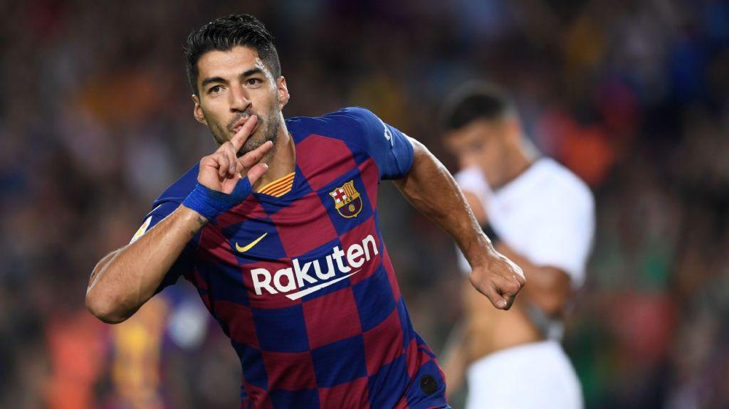 Barcelona's Suarez given green light to return ahead of La Liga restart