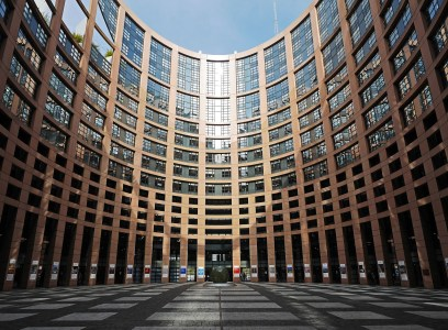 """""""The European Parliament must stay in Strasbourg, not move to Brussels !"""""""