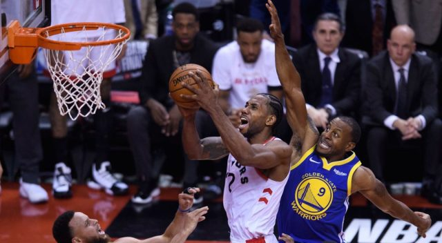 The 'Strenght in Numbers' are back: Andre Iguodala silenzia Toronto