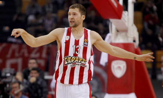 StrelnieksJanis_Olympiacos_Panathinaikos_EuroLeague