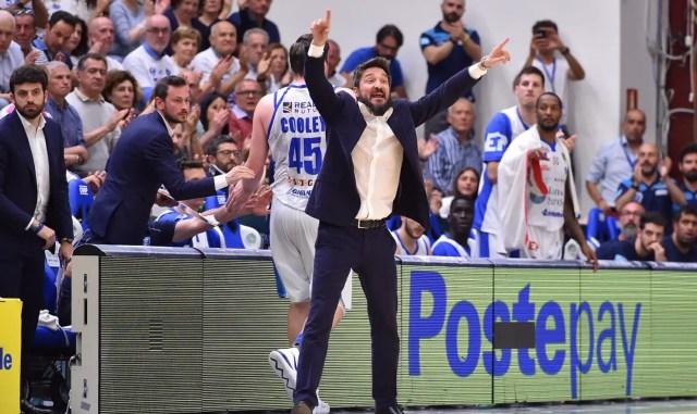 La Dinamo vola meritatamente in finale, l'Olimpia non è una squadra