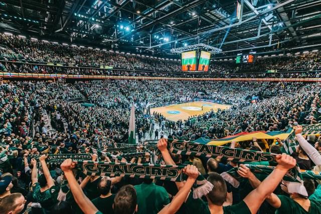 La Lituania vicina alla decisione: gare dello Zalgiris con 7500 spettatori?