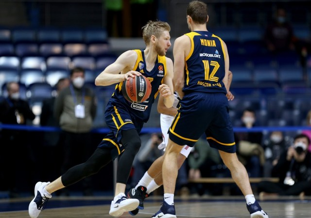 La lavagnetta di Eurodevotion #11: il pick and roll alto del Khimki