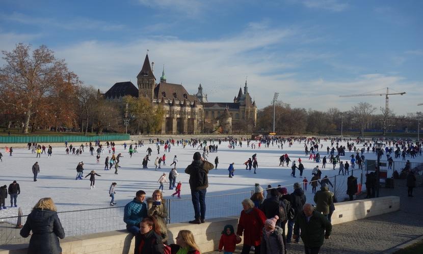 Pista de gelo em Budapeste