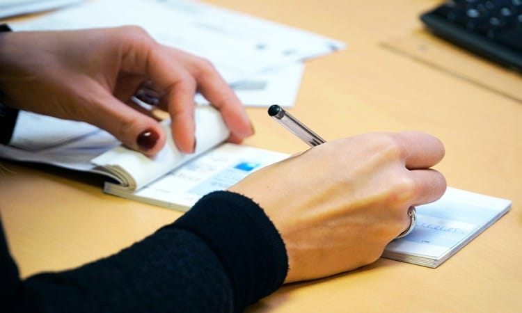 abrir conta bancaria em portugal cheques