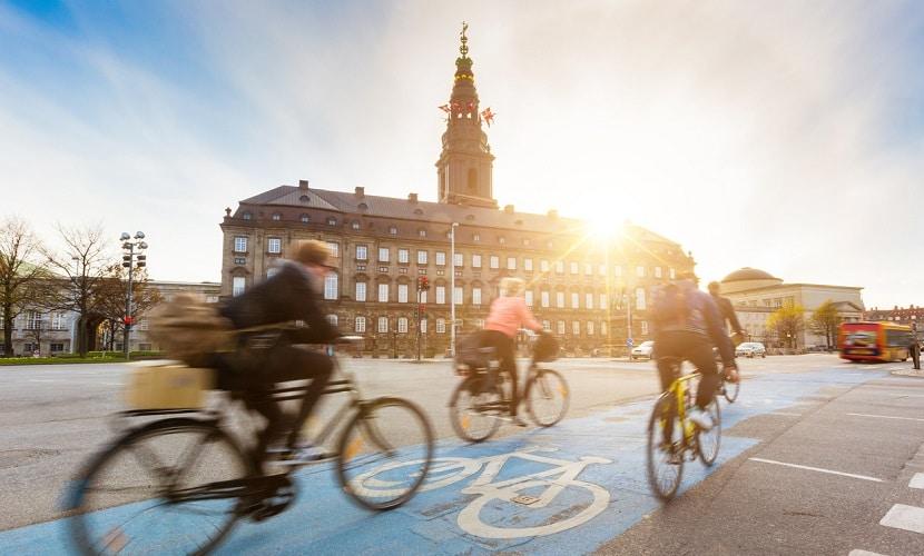 andar de bicicleta na Dinamarca