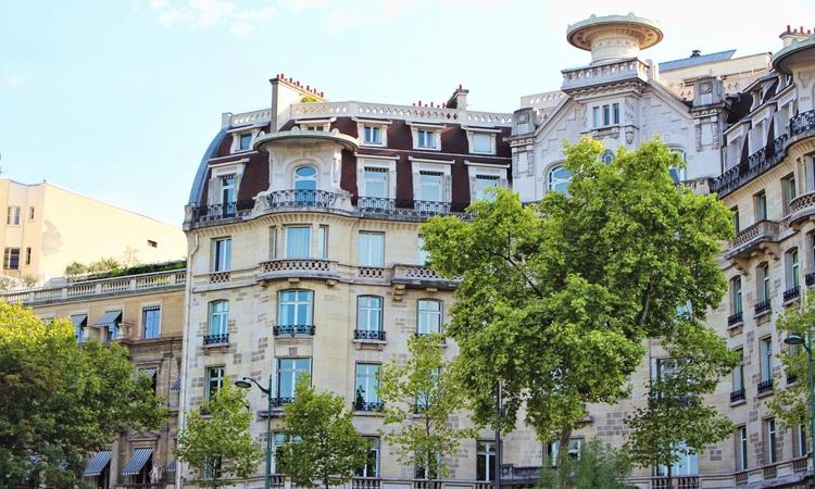 edifício localizado em Paris