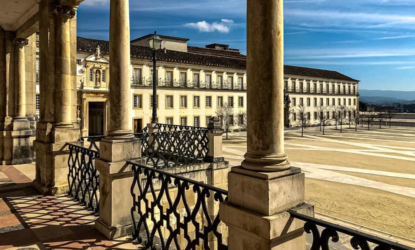 estudar na Universidade de Coimbra em Portugal