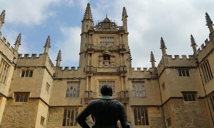 universidade de oxford estudante