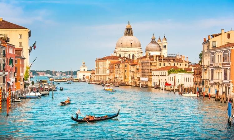 gondola veneza negocios italia