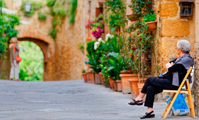 Morar na Itália como aposentado idosa