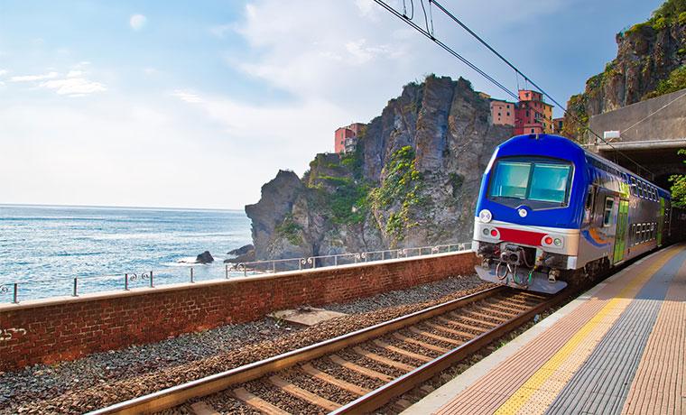 transporte publico na italia trem