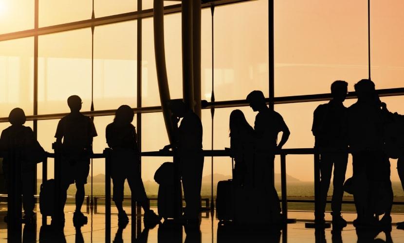Vantagens e desvantagens de morar no exterior