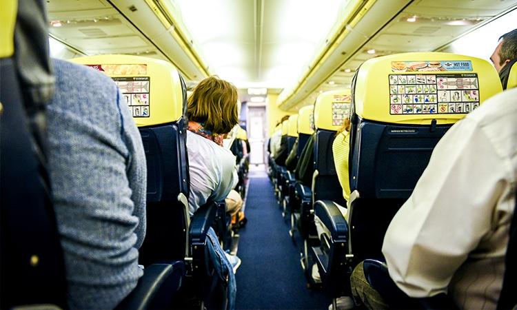 voar com companhia aérea low cost Ryanair