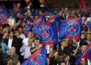 paris fans