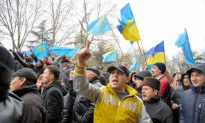 Crimean Tatars protest the Russian occupation