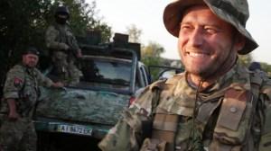 """Dmytro Jarosch, Vorsitzender der Partei """"Rechter Sektor"""" und Kommandeur der gleichnamigen Einheit, die in der Ostukraine gegen (pro-)russische Extremisten kämpft."""