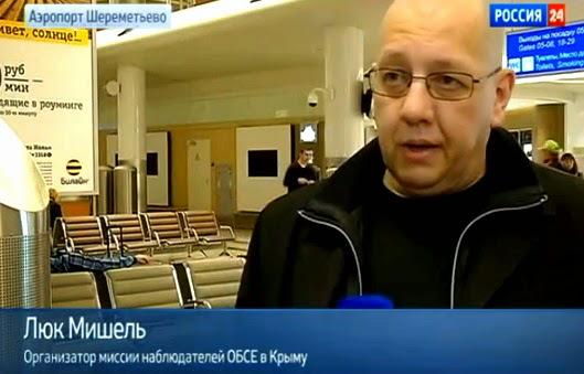 """Belgian fascist Luc Michel, the head of the EODE, in Crimea. The caption reads: Der belgische Faschist Luc Michel, Führer der EODE, auf der Krim. Die Bildunterschrift lautet: """"Organisator der OSZE-Mission auf der Krim"""""""