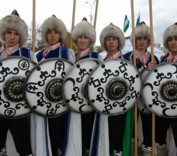 Bashkir boys in national costumes