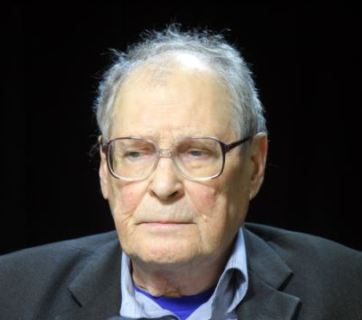 Sergey Kovalyev, the head of Memorial, a Russian historical and civil rights society
