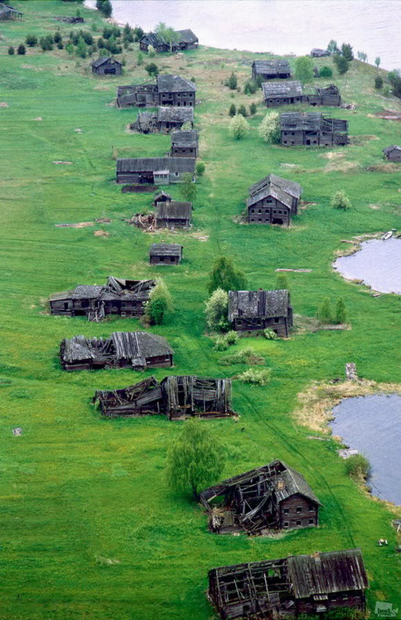 Putin government's corruption and diverting the majority of the country's resources to the military and the central bureaucracy have been economically suffocating to the provinces and the countryside. (Image: rus-img2.com)