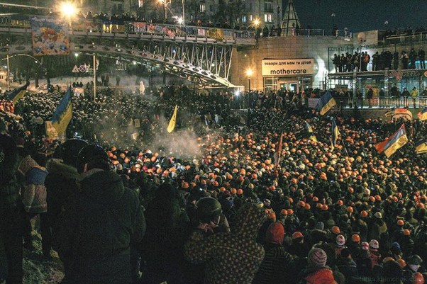 standoff-dec_10-11-Taras-Khimchak_Euromaidan-Journalist-Collective-1170x780