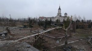 Graves in the Iver Cemetery in Donetsk near the airport destroyed by artillery fire as a result of the Russian military aggression in the Donbas, Ukraine. December 2014 (Image: social media)