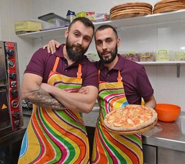 Pizza Veterano soldiers ATO Ukraine