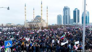 Rally in Support of Kadyrov, Grozny, Jan 22, 2016 (source: RFE/RL)