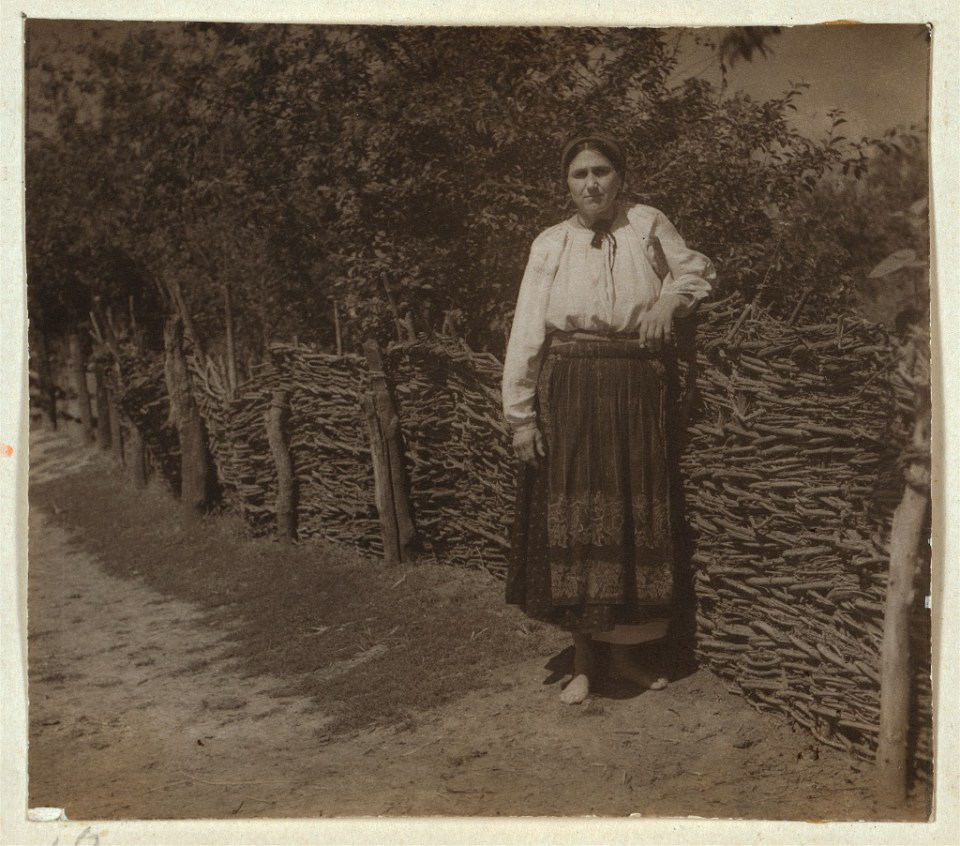 A Ukrainian farmer woman circa 1905-1915. Photo: Prokudin-Gorsky via the Library of Congress