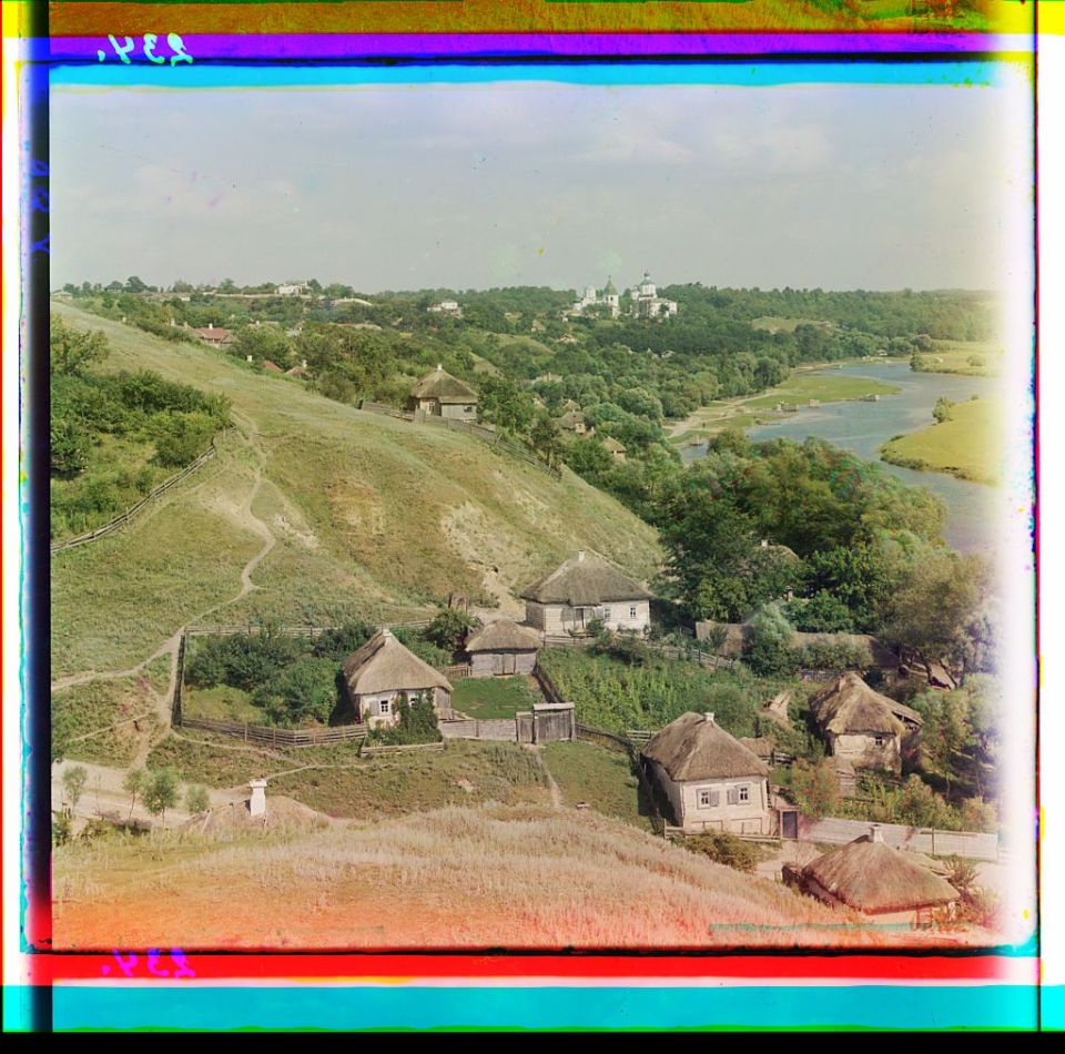 Putyvl, Ukraine. In the distance, the Molchanskii Monastery. On the right, the river Seim. Ukraine circa 1905-1915. Photo: Prokudin-Gorsky via the Library of Congress