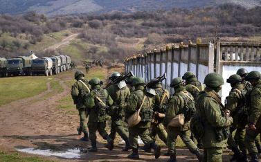 The Russian Army captures a Ukrainian military base in Crimea. CC BY-SA 3.0 Anton Goloborodko.