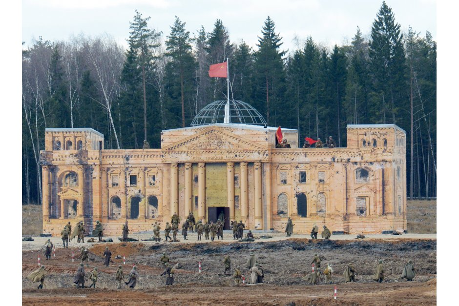 A plywood mock-up of the Reichstag built for military exercises and WW2 re-enactments near Moscow in 2017 (Image: RIAN)