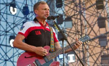 Singer Oleh Skrypka, leader of the rock band Vopli Vidopliassova