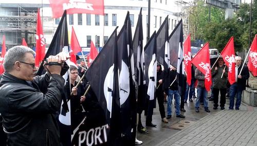 Falanga demonstration together with Zmiana