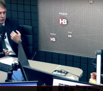 Volodymyr Ohryzko on Radio NV (Image: video capture)