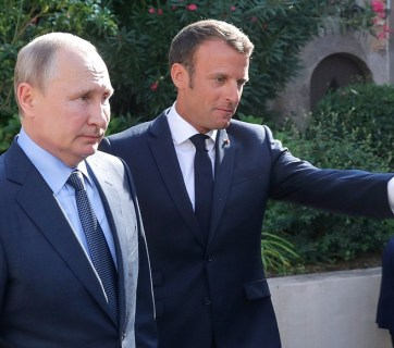 Vladimir Putin and French President Emmanuel Macron before a press conference in Bormes-les-Mimosas, France, August 19, 2019. Photo: kremlin.ru