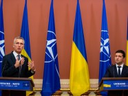 NATO Secretary General Jens Stoltenberg (left) with Ukrainian President Volodymyr Zelenskyy (Source: president.gov.ua)